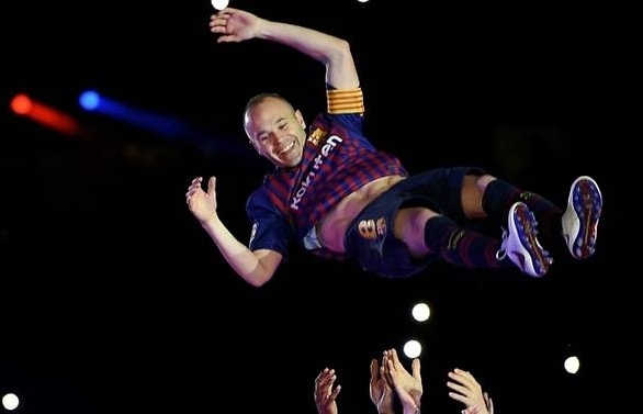 iniesta says going to new home japan