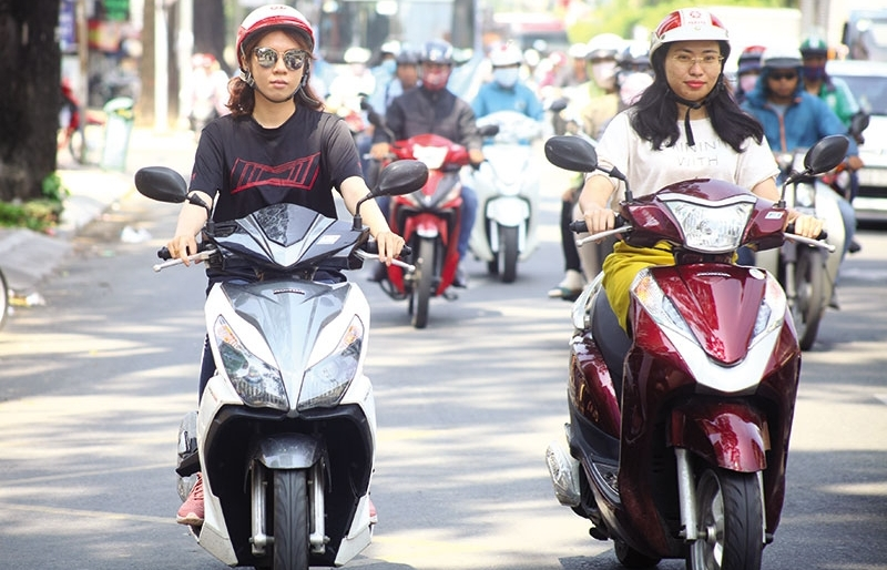 motorbike sales hit a red light