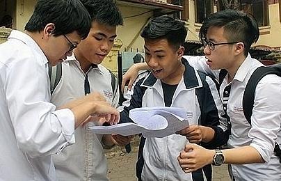 high schools take advantage of application season