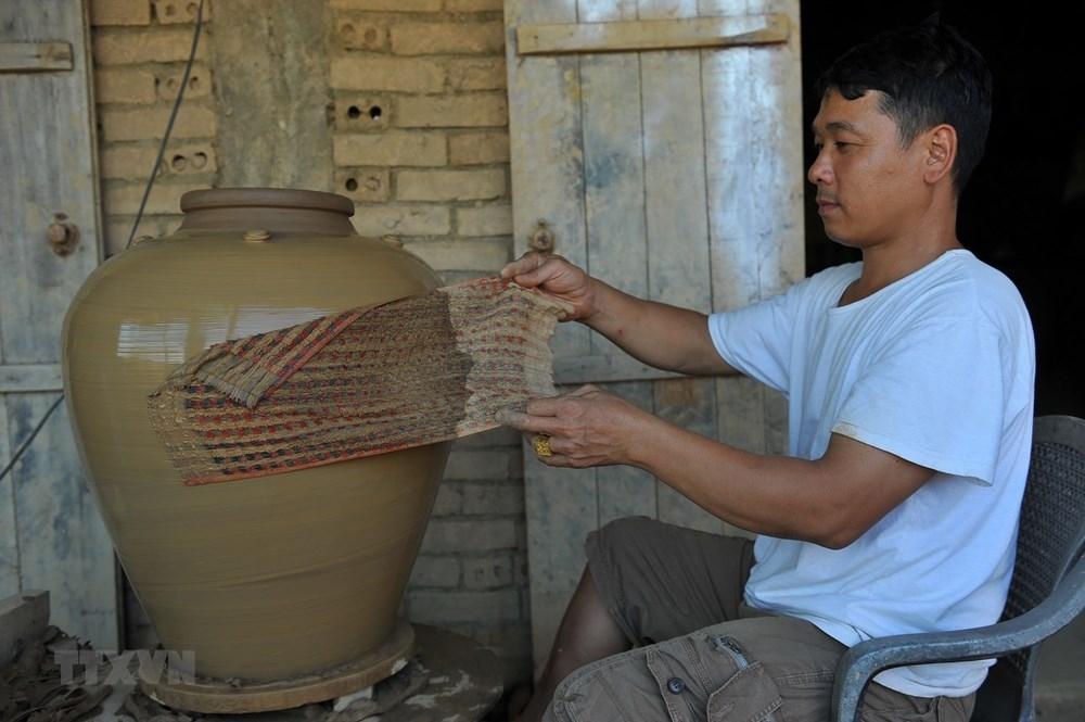 exploring gia thuy pottery village