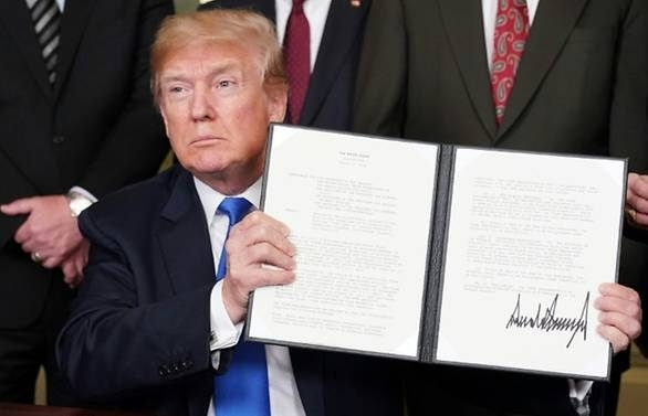 white house moves to finalise china trade sanctions