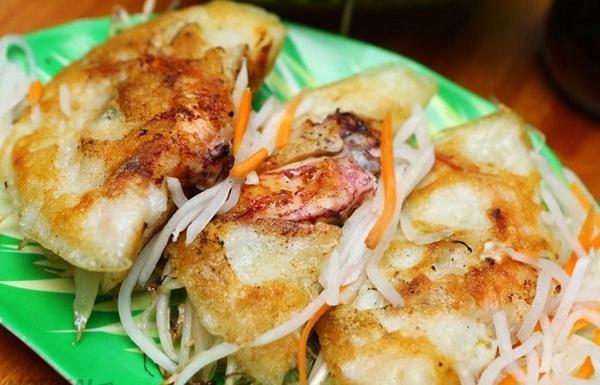 specialty of nha trang squid pancake