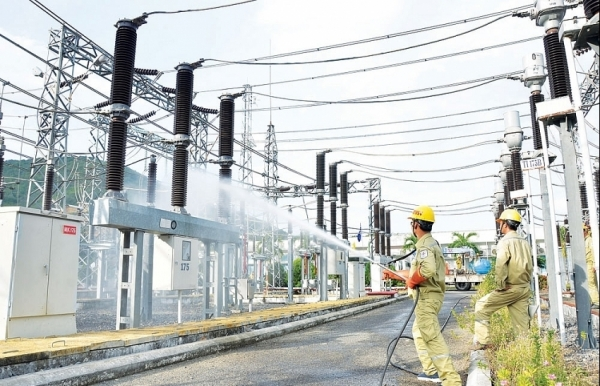 pm phuc demands review of electricity price increase