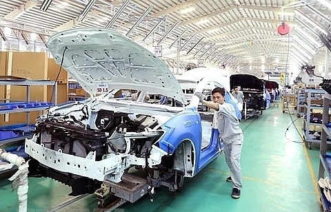 government leader requests steps to develop automobile manufacturing