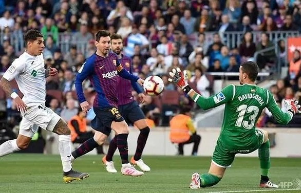 Barcelona Bounce Back From Champions League Nightmare With