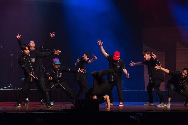 k pop lovers festival opens in hanoi