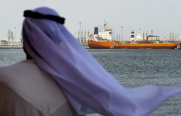 uae seeks gulf de escalation after ship attacks