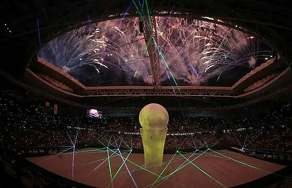 qatar world cup stadium opens to fanfare