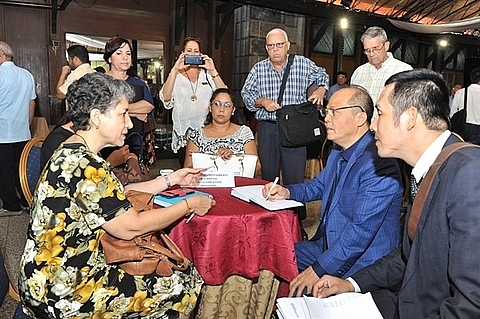 cuba welcomes vietnamese businesses investors official