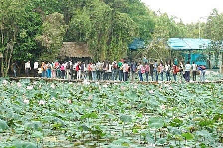 dong thap bolsters community based tourism
