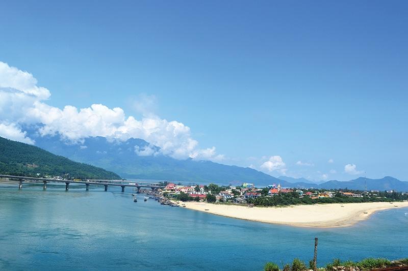 tourism sites high end hotspot bid