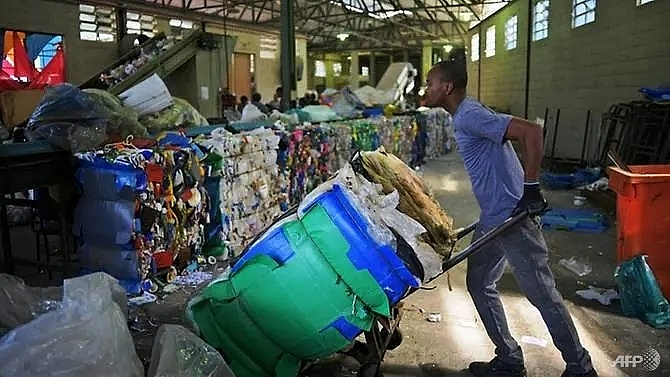 plastic polluter brazil recycles almost nothing