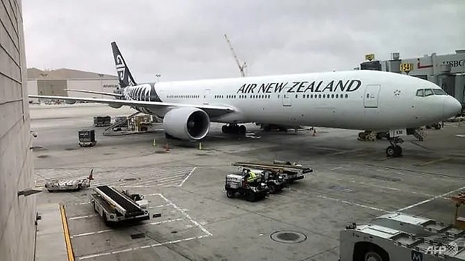 air new zealand orders eight boeing long haul jets