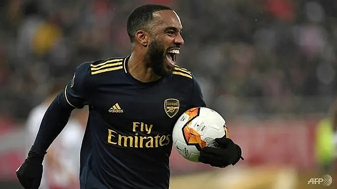 arsenal to deal internally with lacazette hippy crack