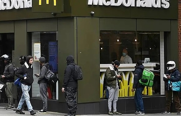 mcdonalds hit with sexual harassment complaint at oecd