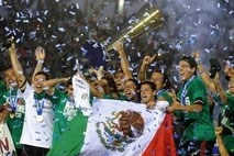 mexico rallies to beat usa in gold cup final
