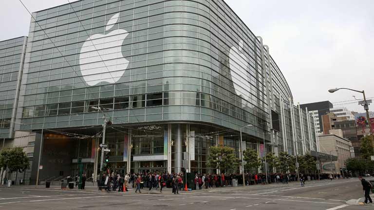 New Apple software brings Macs and iPhones closer