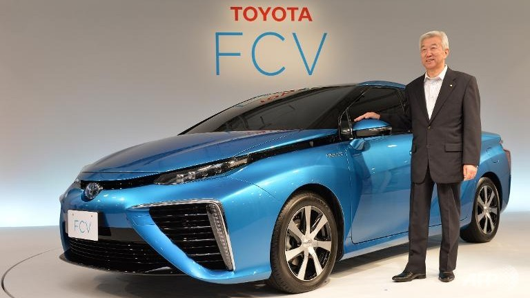 Toyota names price for new fuel cell car