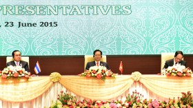 pm highlights business opportunities in acmecs countries