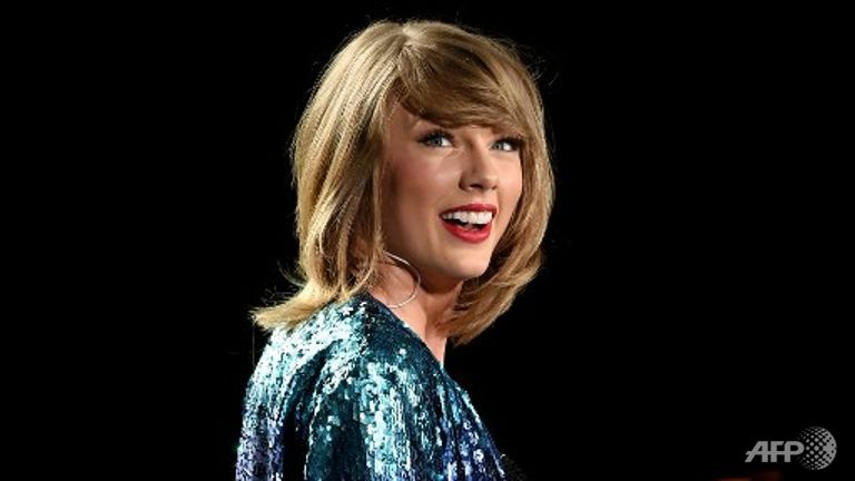 Everything has changed: Taylor Swift to put 1989 on Apple Music