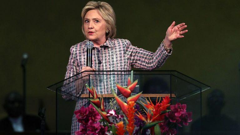 Clinton wins Puerto Rico, on cusp of Democratic nod