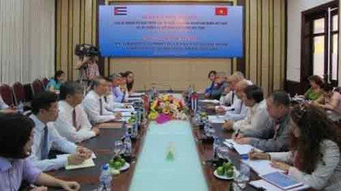 vietnam, cuba ministries enhance transport cooperation hinh 0