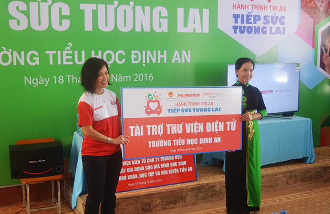 nguyen kim ramps up community support