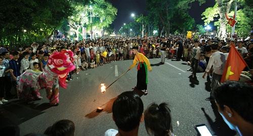 promoting local culture in walking street around hanois hoan kiem lake