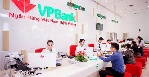 VN banks struggle to keep interest rates steady