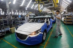 Auto firms ask to lower component import taxes