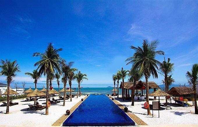 award winning hoi an resort offers summer holidays for families