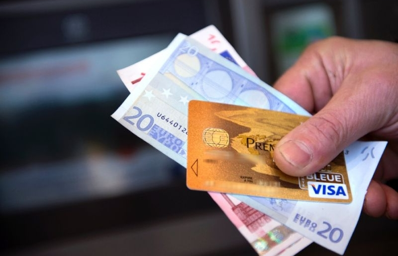 visa close to normal after outage blocks transactions across europe
