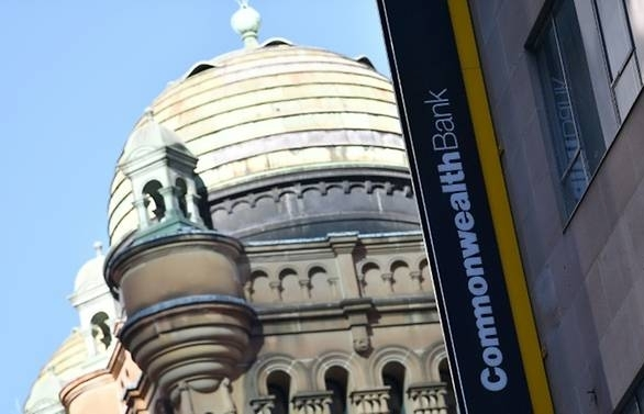 australias commonwealth bank agrees to us 530m fine over money laundering breaches