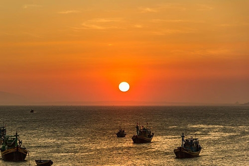 top 5 summer activities for visitors to phan thiet mui ne