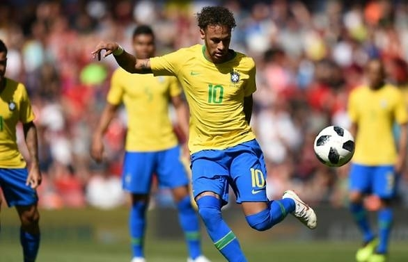 neymars brazil look strong as germany argentina confront issues