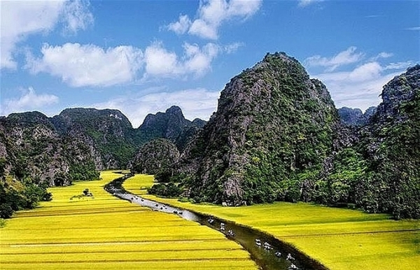 world heritage site in ninh binh hosts tourism week