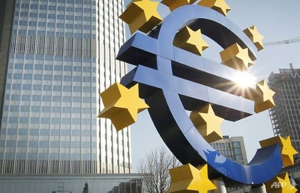 ecb plans end to bond buying if no new shocks for eurozone