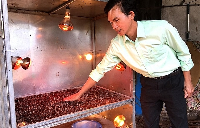 pepper farmers get hope from self taught mechanic