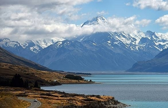 New Zealand to tax tourists to fund infrastructure