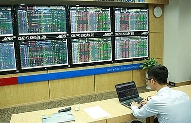 vn stocks positive on etf reviews
