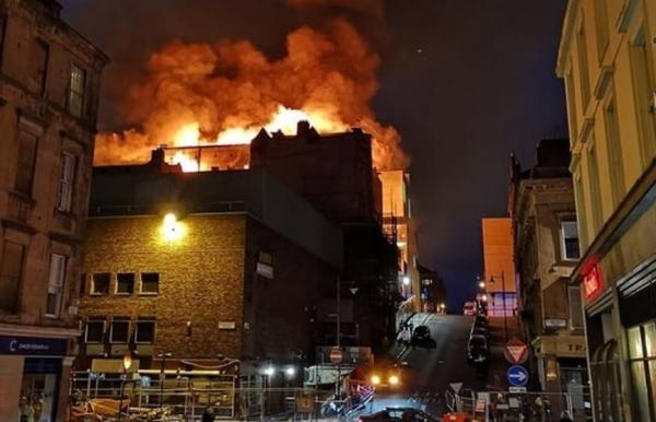 Over 120 firefighters battle huge blaze at Glasgow School of Art