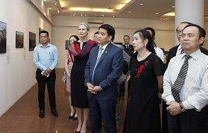 world press photo exhibition 2018 opens in hanoi