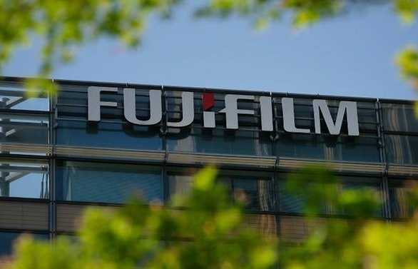 jilted fujifilm sues xerox for us 1 billion after aborted merger