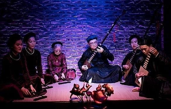 Ca tru shows by Kim Duc Ca Quan