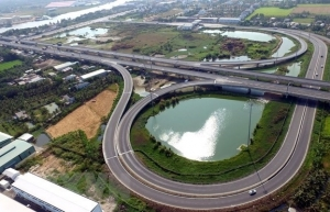 deputy pm urges acceleration of north south expressway project