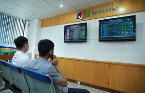 investors should remain calm says market regulator