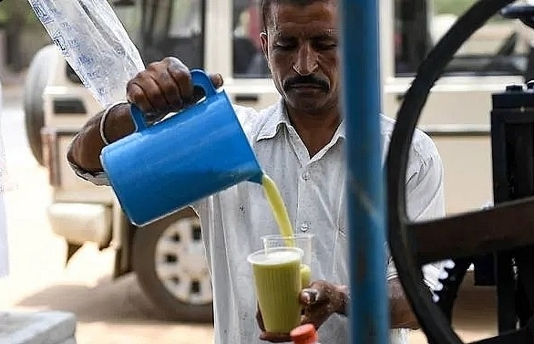 no tea or coffee indians warned as heatwave continues