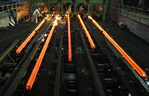 new steel projects bewilder producers