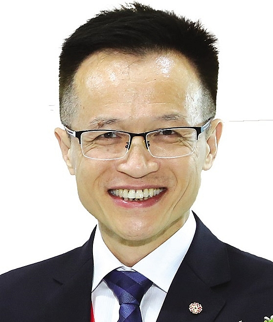 taiwanese ties ever stronger as companies alter strategy