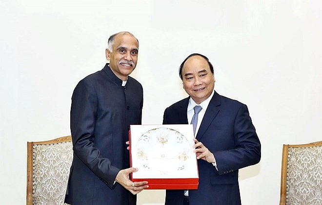 pm vietnam india should further promote bilateral trade ties